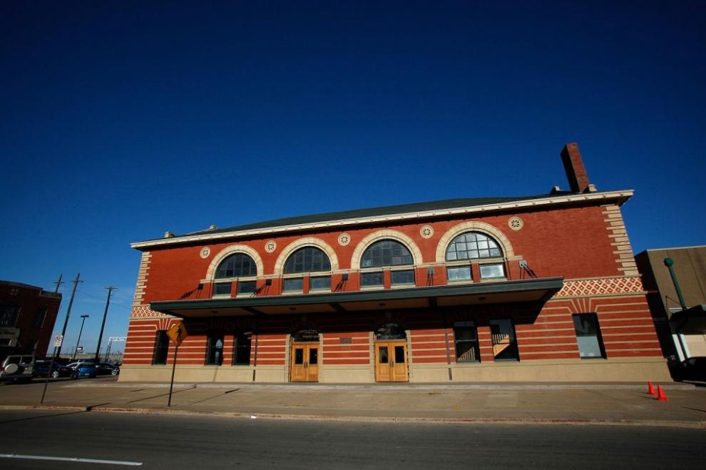 ashton depot outside